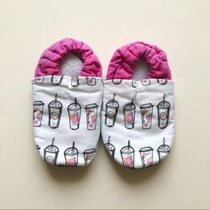 10/$30 Coffee Lover Girly Pink Moccasin Slippers